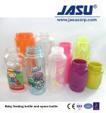 Eine Stadiums-Haustier-Einspritzung-Ausdehnungs-Schlag-formenmaschine für die Kapazität von 10ml zu Flaschen des Plastik2000ml