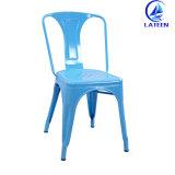 고품질을%s 가진 의자를 식사하는 다채로운 포도 수확 산업 금속