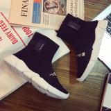 Спорт девушок новой модели фабрики Китая высокий верхний Stock обувает женские ботинки