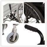 Pliage de fauteuil roulant manuel en aluminium pour le patient