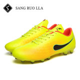 Best Selling homens Piscina Sport Soccer Sapatos com pistolas Anti-Skid