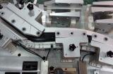 Veicolo automatico dell'automobile che controlla il calibro di processo del dispositivo per vedere se c'è il motore generale