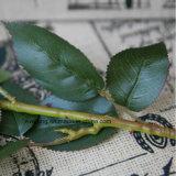 La seta artificiale romantica Rosa per il Faux Rosa di seta del commercio all'ingrosso di giorno del biglietto di S. Valentino fiorisce le rose artificiali dei mazzi BRITANNICHE