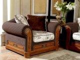 Sofà reale classico del tessuto intagliato mano di legno solido di colore scuro 0029