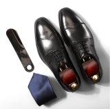 Pele genuína Sapatas Brogue Mens Black Oxford calçados para Business