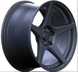 Черные оправы колеса сплава автомобиля