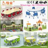 Гуанчжоу Китай в дневное время оборудования и предметов снабжения, в дневное время и игрушки для продажи