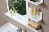 La parete di legno solido della mobilia della stanza da bagno ha contato la vanità