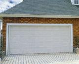 Forte portello di alluminio del garage