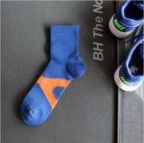 De Antislip nietGladde Sokken van uitstekende kwaliteit van de Greep voor Sporten