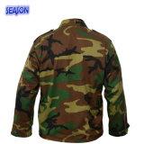 反応印刷された森林カムフラージュの安全は軍服のジャケットの衣類に着せる