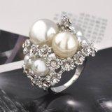 Anello di cerimonia nuziale di cristallo nuziale della perla dell'oro bianco degli accessori per le donne