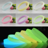 Dark Luminous Silicone Rubber Wrist Band Bracelet에 있는 매력 Glow