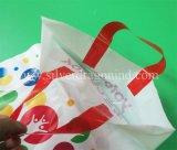 Custom boucle en plastique coloré Poly Sacs de transport souple