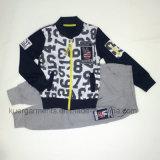 Одежда мальчиков одежд малышей детей способа холодная