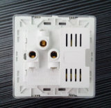 Universal Universal Universal Socket Five-Pinned avec double USB