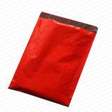 Sac rouge d'annonce de couleur de boutique poly