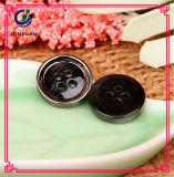 Кнопка рубашки чернокожих человек кнопки смолаы шинели высокого качества