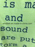 Maglietta luminosa di colore per le donne con della lettera della stampa la parte posteriore sopra