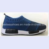 Glissade chaude de vente sur des chaussures d'enfants dans Flyknit