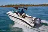 Motor angeschaltenes Bewegungsboot des Sport-115HP mit Cuddy/Targa Kabinendach-Oberseite