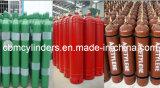 Los tanques oxígeno-gas recargables del cilindro