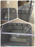 織り方のプラスチックバスケット