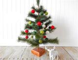 Decoração pura do Natal da esfera de feltro de lãs no volume para a venda