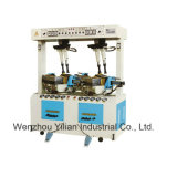 Semelle hydraulique en appuyant sur la machine