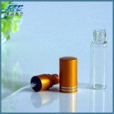 frasco de vidro do perfume cosmético com bocal