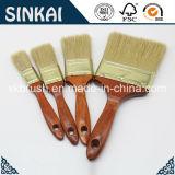 Escova de pintura limpa de cerdas brancas e brancas com alça de madeira