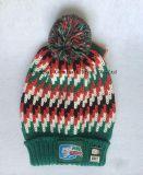 方法100%Acrylicは暖めるフットボールクラブ(JYB360)のための編まれたパッチが付いている編む帽子及びスカーフを