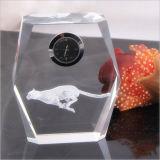 Orologio a cristallo dello scrittorio per i regali dell'ufficio