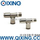 Pousser pour brancher le connecteur du tube Fittings/SIM