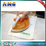 Las etiquetas impermeables de RFID que siguen items lavados planchados pueden ser haber limpiado seca y planchado