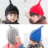 子供の帽子のクリスマス1-3yの女の赤ちゃんの男の子の秋の冬のWeatherizationのとがった子供によって編まれる帽子の帽子の潮は風車