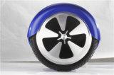 Zwei Rad-Selbstausgleich-elektrischer Roller in der populären Art