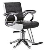 旧式なスタイルを作る理髪店の椅子の大広間の家具