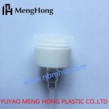Le nettoyage de l'utilisation de la pompe d'ongles en plastique