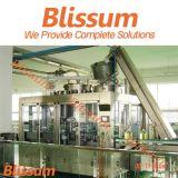 Ligne de production à la machine de remplissage de bouteilles d'huile de noix de coco