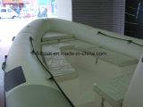 Barco do reforço do assoalho da fibra de vidro com motor externo