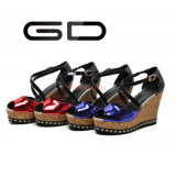 Gdshoe подгоняло клин пятки ботинок лакированной кожи деревянные