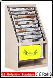 Дешевые полки газеты в архиве