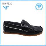 Chaussures occasionnelles confortables bon marché fraîches populaires pour des enfants