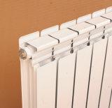 Radiadores montados en la pared de los sistemas de calefacción de los calentadores
