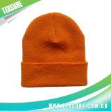 黒いカラーアクリルの編まれた冬の可逆帽子の帽子(036)