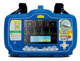 El desfibrilador Meditech Defixpress viene en 6 Kg de peso y dos colores