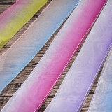 fita do laço da cor do múltiplo de 4cm para a decoração de DIY