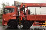 Dongfeng 8X4の頑丈なトラックはクレーン16トンのと望遠鏡アーム取付けた