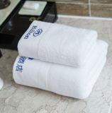 Tovagliolo personalizzato 100% dell'hotel del tovagliolo di bagno del tovagliolo di fronte del cotone